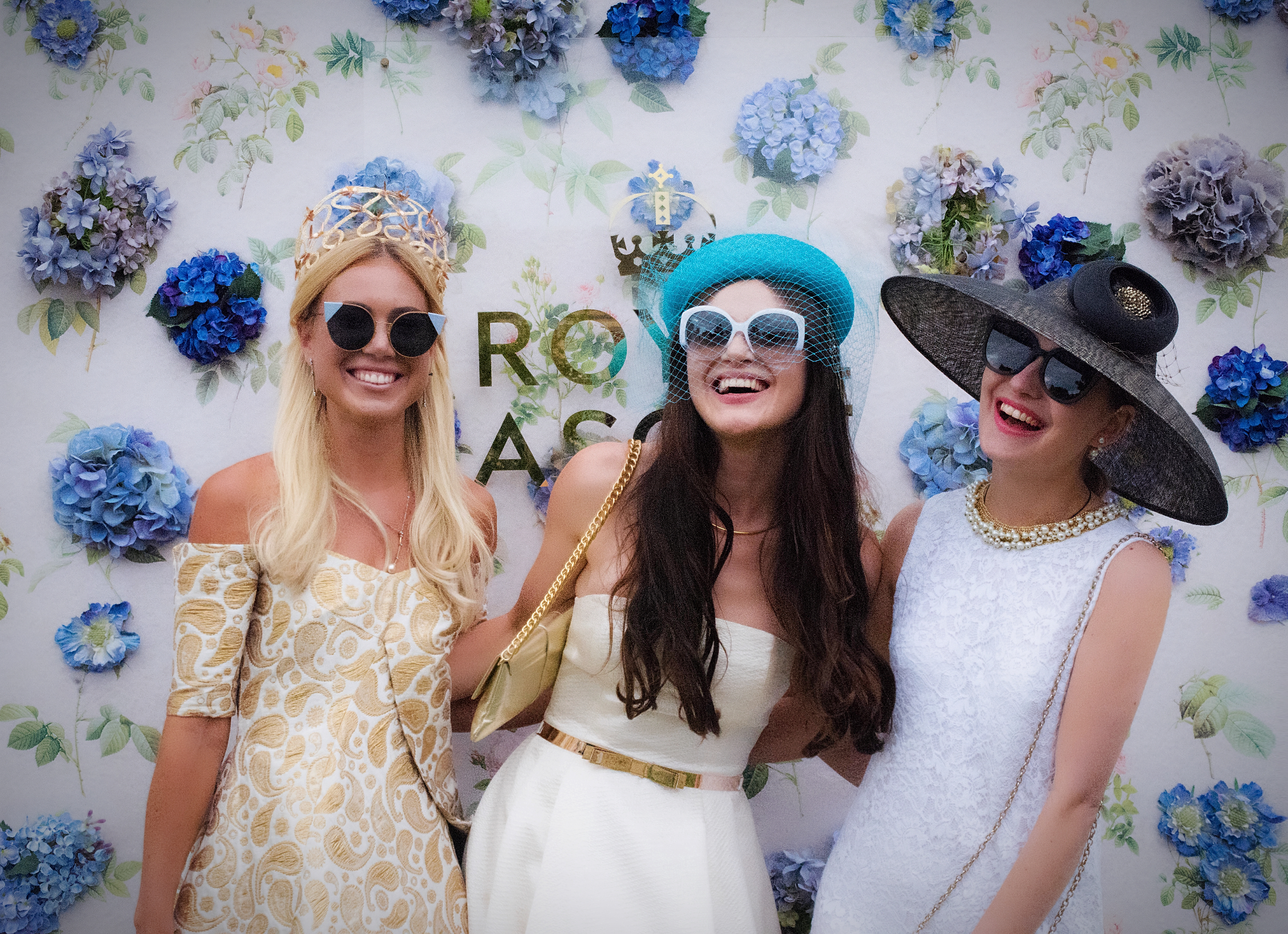 A day at the races: High-end headwear, heels and… jumpsuits!